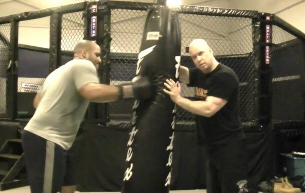 Boxing – Heavy Bag Drill: Close Range Pepper