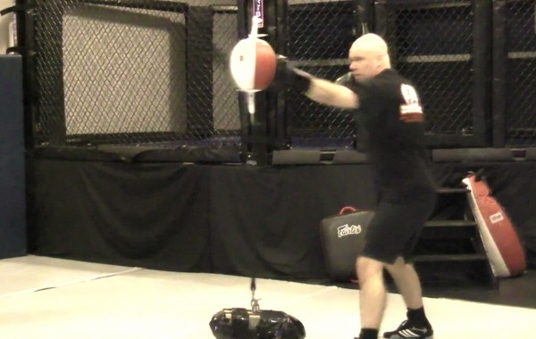 Double End Bag Training: Jab Cross Blitz