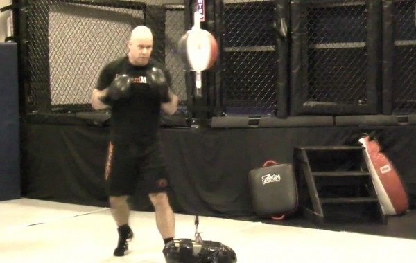 Boxing – Double End Bag Drill (1-2's)