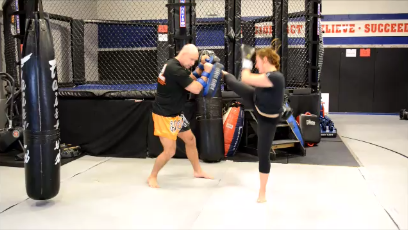 Muay Thai Pad Training: Double Kick Combinations (mid to high)